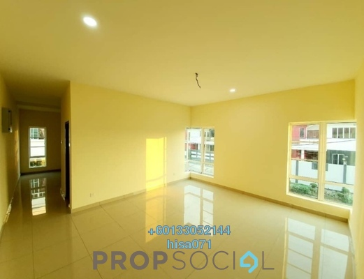 Bungalow For Sale in Kosmopleks, Bandar Baru Salak Tinggi Freehold Semi Furnished 6R/6B 1m