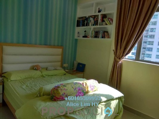 Condominium For Sale in All Seasons Park, Farlim Freehold Fully Furnished 3R/3B 770k