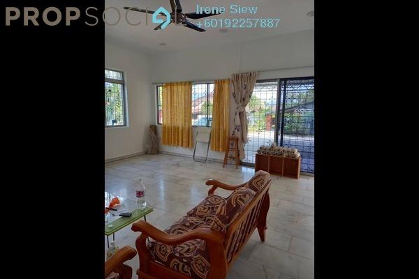 Bungalow For Rent in Taman Bukit Tembok, Seremban Freehold Semi Furnished 4R/2B 1.25k