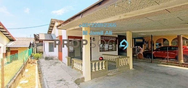 Semi-Detached For Sale in Taman Broleh, Batu Pahat Freehold Unfurnished 3R/2B 320k