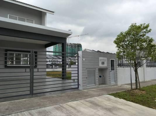 Terrace For Sale in Laman View, Cyberjaya Freehold Unfurnished 4R/3B 1.14m