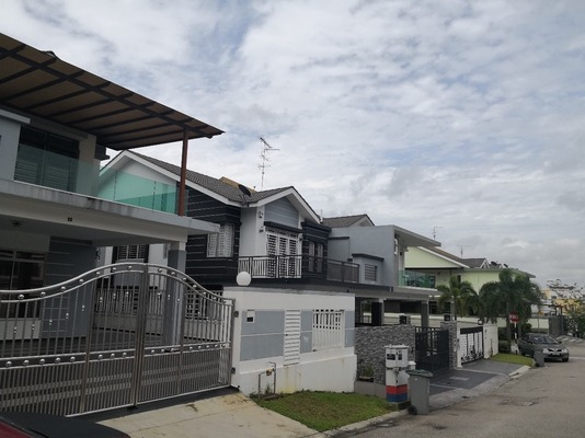 Terrace For Sale in Taman Rinting, Masai Freehold Semi Furnished 4R/4B 700k