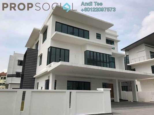 Bungalow For Sale in Bluwater Estate, Seri Kembangan Freehold Unfurnished 9R/8B 4.3m