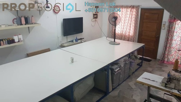 Terrace For Sale in Taman Daya, Kepong Freehold Semi Furnished 4R/3B 668k