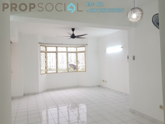 Condominium For Sale in Kelana Puteri, Kelana Jaya Leasehold Semi Furnished 3R/2B 360k