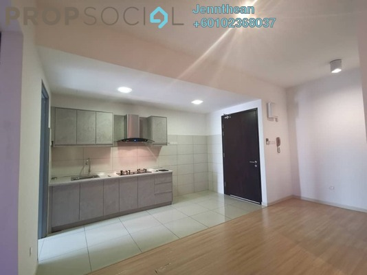 Serviced Residence For Sale in You One, UEP Subang Jaya Freehold Semi Furnished 1R/1B 500k