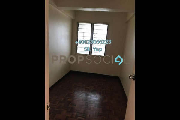 Condominium For Sale in Vantage Point, Desa Petaling Freehold Unfurnished 3R/2B 300k