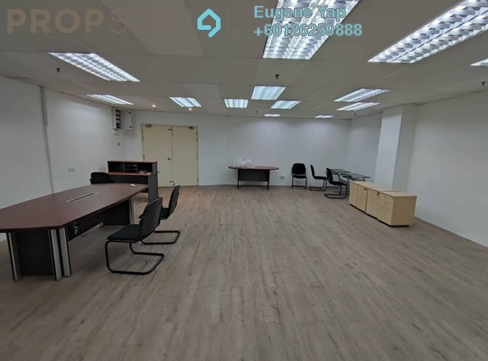 Office For Rent in Plaza Mont Kiara, Mont Kiara Freehold Semi Furnished 2R/0B 3.3k