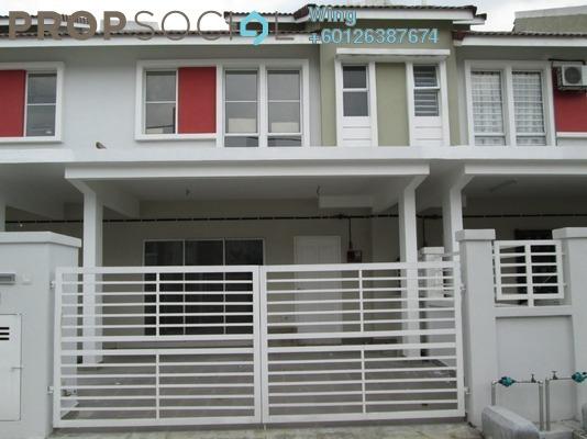 Terrace For Rent in Taman Dato Demang, Bandar Putra Permai Freehold Semi Furnished 4R/3B 1.4k