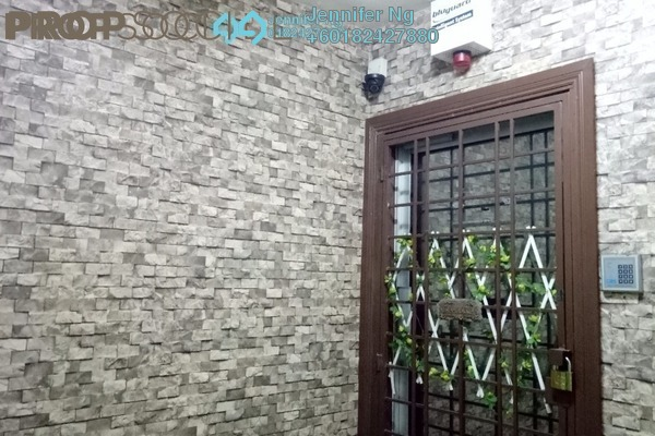 Apartment For Sale in Section 7, Shah Alam Leasehold Semi Furnished 3R/2B 288k