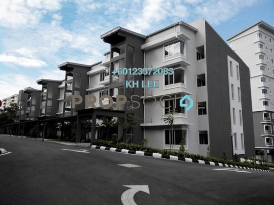 Townhouse For Rent in Pelangi Heights, Klang Freehold Semi Furnished 3R/2B 1.5k