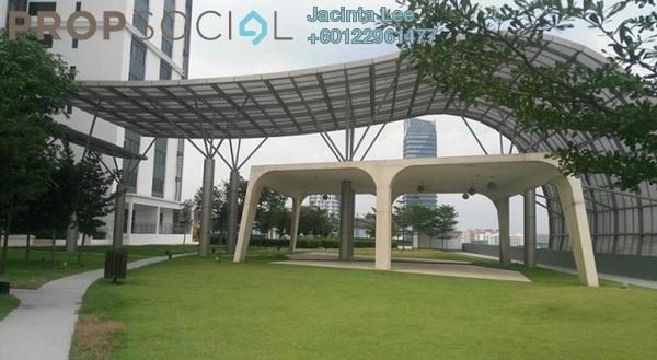 Serviced Residence For Sale in Encorp Strand Residences, Kota Damansara Freehold Semi Furnished 1R/1B 362k