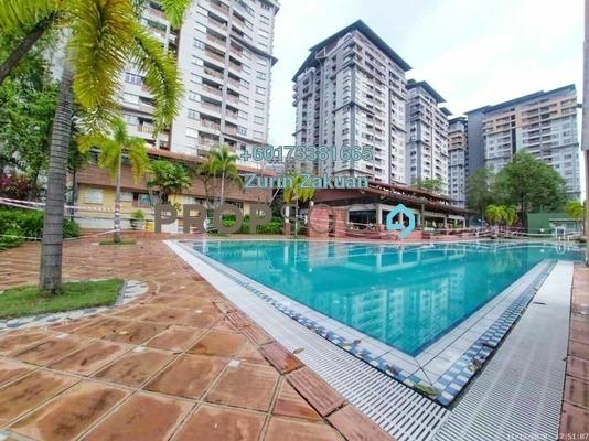 Condominium For Sale in Perdana Exclusive, Damansara Perdana Freehold Semi Furnished 3R/2B 408k