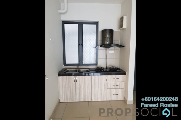 Apartment For Sale in Univ 360 Place, Seri Kembangan Freehold Semi Furnished 2R/2B 365k