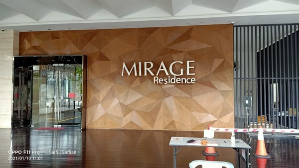 Condominium For Sale in Mirage Residence, KLCC Freehold Fully Furnished 2R/2B 1.45m