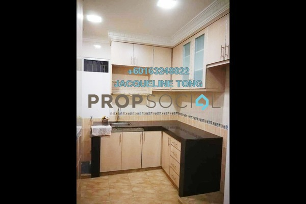 Apartment For Sale in Sri Cempaka Apartment, Bandar Puteri Puchong Freehold Semi Furnished 3R/2B 330k