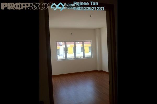 Terrace For Rent in Bandar Rinching, Semenyih Freehold Unfurnished 3R/3B 900translationmissing:en.pricing.unit