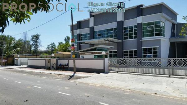 Factory For Rent in Beranang Industrial Park, Semenyih Freehold Semi Furnished 4R/6B 27k