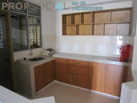 Serviced Residence For Sale in Rhythm Avenue, UEP Subang Jaya Freehold Semi Furnished 3R/2B 350k
