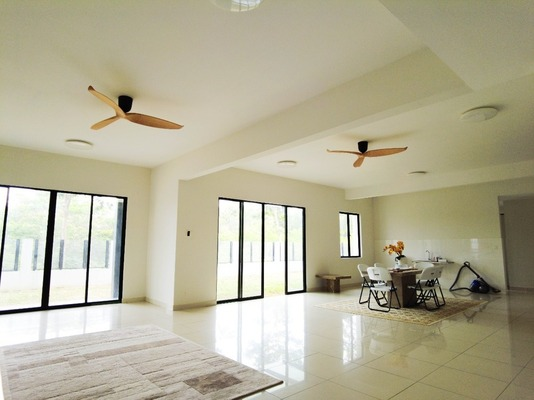 Superlink For Sale in Saffron Hills, Denai Alam Freehold Unfurnished 4R/3B 1.3m
