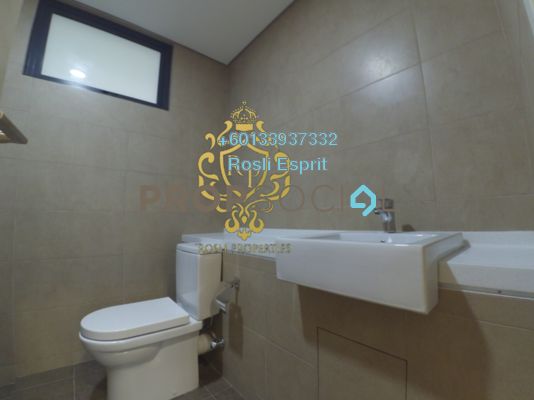 Serviced Residence For Rent in Radia Residences, Bukit Jelutong Freehold Semi Furnished 1R/1B 1.4k