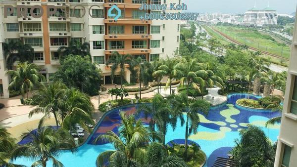 Condominium For Sale in East Lake Residence, Seri Kembangan Freehold Fully Furnished 3R/2B 380k