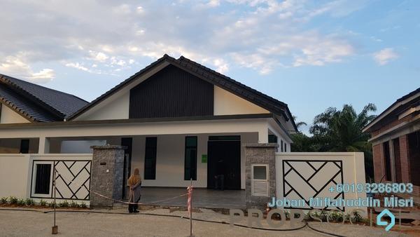Semi-Detached For Sale in Taman Peserai Jaya, Batu Pahat Freehold Semi Furnished 3R/2B 599k