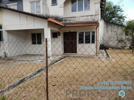 Semi-Detached For Sale in Taman Putra Perdana, Puchong Freehold Unfurnished 4R/3B 450k