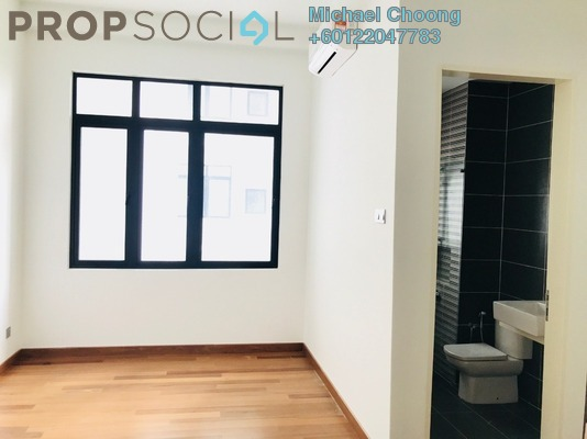 Condominium For Sale in Puteri Hills, Bandar Puteri Puchong Freehold Semi Furnished 4R/4B 950k
