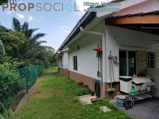 Semi-Detached For Sale in Section 30, Shah Alam Freehold Unfurnished 4R/2B 510k