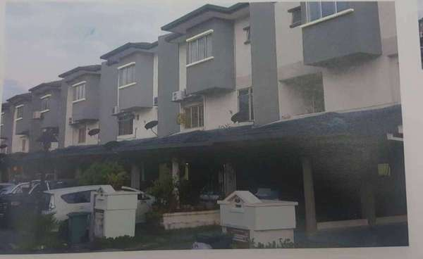Townhouse For Rent in Bukit OUG Townhouse, Bukit Jalil Freehold Semi Furnished 3R/2B 1.5k
