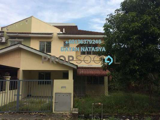 Semi-Detached For Sale in Taman Putra Perdana, Puchong Freehold Semi Furnished 4R/3B 415k