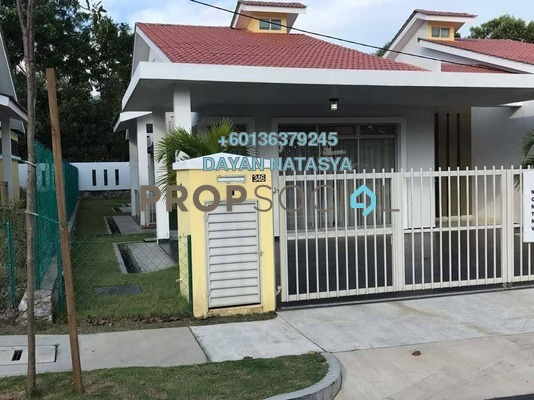 Semi-Detached For Sale in D'Areca, Senawang Freehold Unfurnished 5R/3B 629k