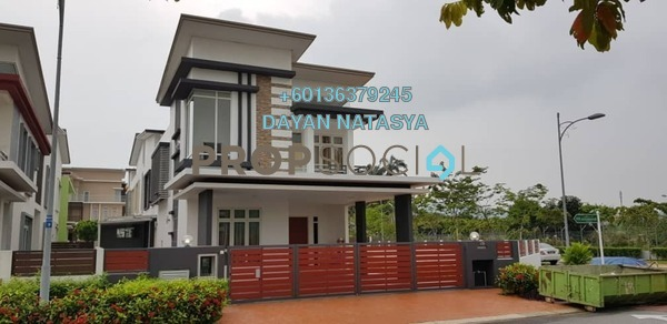 Bungalow For Sale in CasaIdaman, Setia Alam Freehold Semi Furnished 6R/6B 2.4m