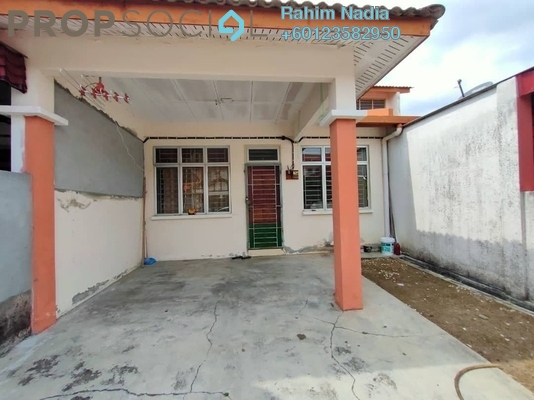 Terrace For Sale in Taman Mas Sepang, Puchong Freehold Semi Furnished 3R/2B 320k