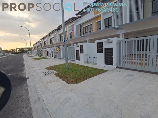 Terrace For Rent in Setia Indah, Setia Alam Freehold Unfurnished 3R/3B 1.5k