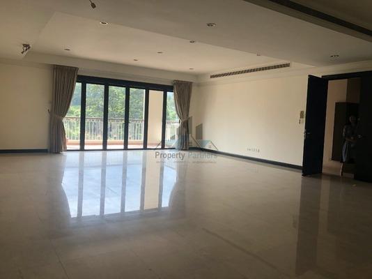 Condominium For Sale in Sutera Bukit Tunku, Kenny Hills Freehold Semi Furnished 4R/6B 2.5m