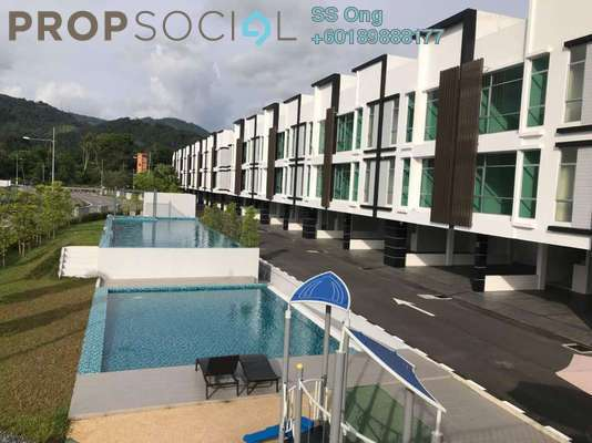 Townhouse For Sale in The Maven, Balik Pulau Freehold Unfurnished 3R/2B 550k