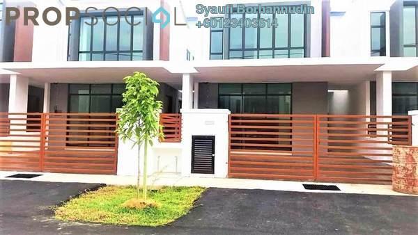 Terrace For Sale in Taman Saujana KLIA, Sepang Freehold Semi Furnished 4R/4B 620k