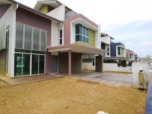 Bungalow For Sale in Astellia, Denai Alam Freehold Unfurnished 4R/5B 2.6m