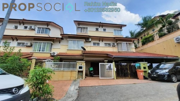 Terrace For Sale in Kampung Sungai Kayu Ara, Petaling Jaya Freehold Semi Furnished 5R/4B 1.1m