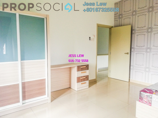 Serviced Residence For Rent in Sutera Pines, Bandar Sungai Long Freehold Semi Furnished 4R/2B 1.85k