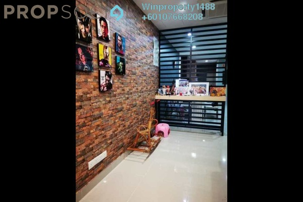 Terrace For Sale in Paragon 129, Bandar Putra Permai Freehold Semi Furnished 4R/3B 690k