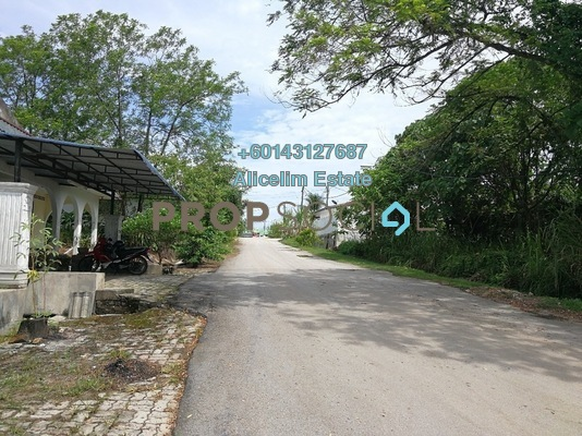 Land For Rent in Taman Bayu Permai, Rawang Freehold Unfurnished 0R/0B 10k
