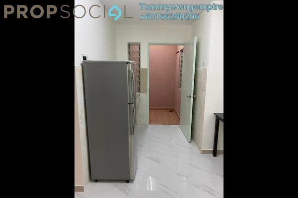 Apartment For Rent in The Lumayan, Bandar Sri Permaisuri Freehold Semi Furnished 3R/2B 1.3k