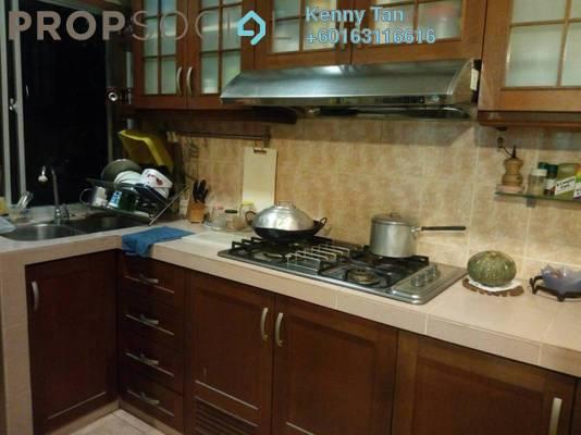 Apartment For Sale in Saraka Apartment, Pusat Bandar Puchong Freehold Semi Furnished 3R/2B 330k