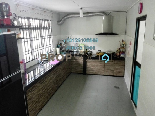 Terrace For Sale in Taman Sri Muda, Shah Alam Freehold Semi Furnished 4R/3B 420k