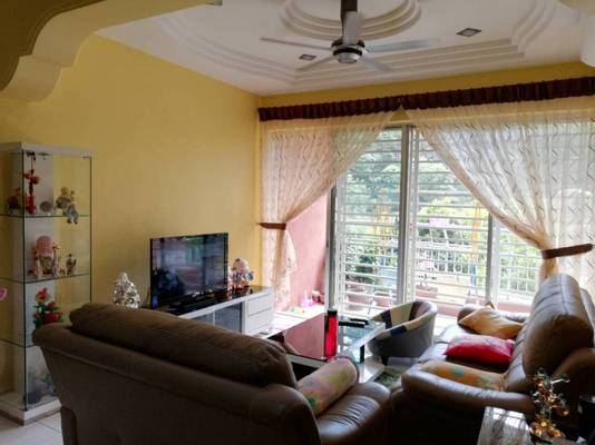 Condominium For Sale in Greenview Residence, Bandar Sungai Long Freehold Fully Furnished 3R/2B 410k