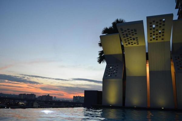 Condominium For Rent in MKH Boulevard, Kajang Freehold Fully Furnished 2R/2B 1.8k