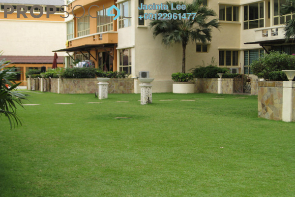 Condominium For Sale in East Lake Residence, Seri Kembangan Freehold Semi Furnished 3R/2B 325k